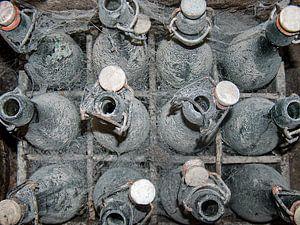 Oude bierflessen. van Marcel Pietersen