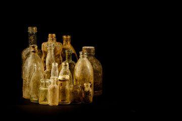 Flaschen von Joke Beers-Blom