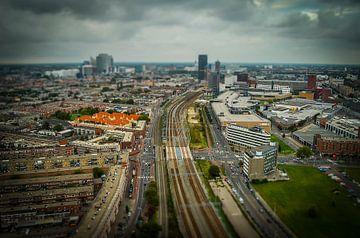 Den Haag in miniatuur vanuit een heteluchtballon van Kees van der Rest