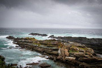 Ruige kustlijn in Zuid-Afrika van Marcel Alsemgeest