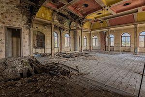 Kleurrijke Verlaten bal - theater zaal  van