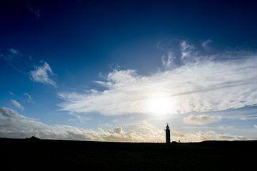 Silhouette eines Leuchtturms in Frankreich von Mickéle Godderis