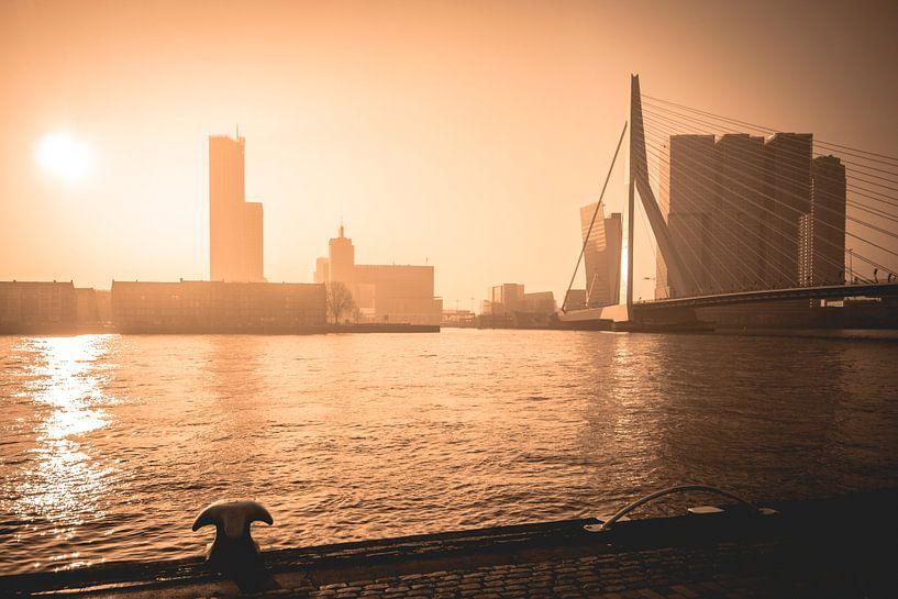 Golden Sunrise Rotterdam van Dennis Vervoorn