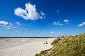 Amrum - op het strand van Norddorf van Reiner Würz / RWFotoArt