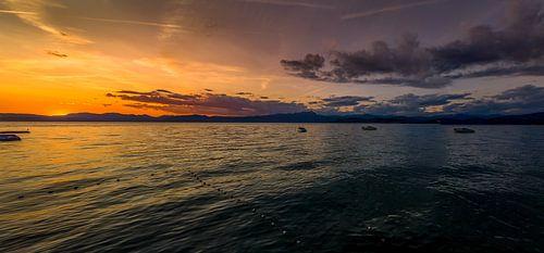 Gardameer Panorama van