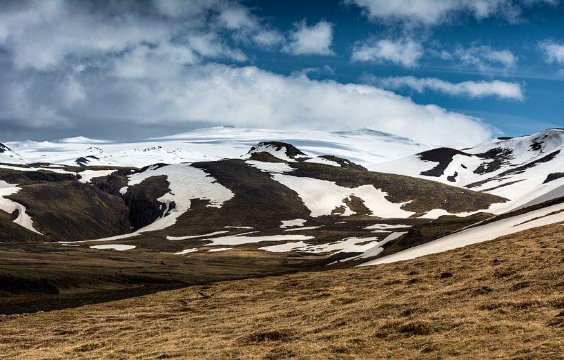 De bergen van Zuid-IJsland I van Ronne Vinkx