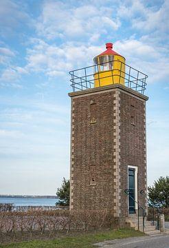 Der Leuchtturm von Willemstad von Ruud Morijn