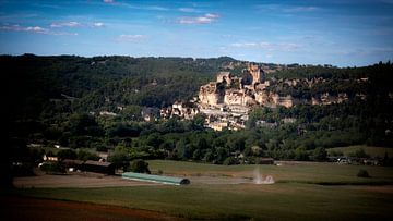 Frans landschap met Beynac-et-Cazenac van Jan van der Knaap