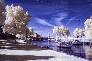 De aanloophaven met de ophaalbrug in Huizen *infrarood opname  van