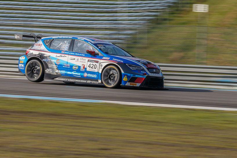 Seat Leon Cupracer sur Menno Schaefer
