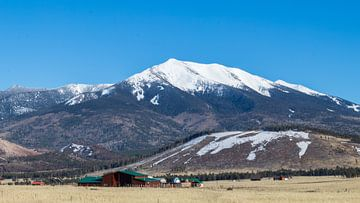 Uitzicht besneeuwde bergen, Arizona, USA van de Roos Fotografie