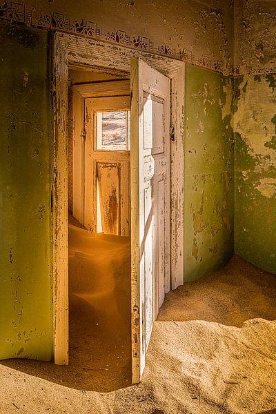 Storage Room van Thomas Froemmel