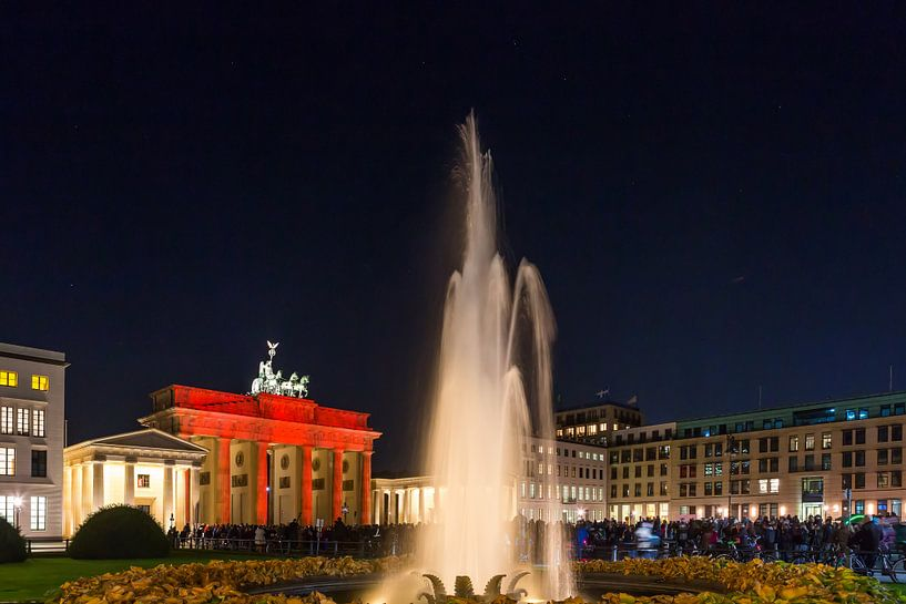 La Porte de Brandebourg de Berlin sous un éclairage particulier sur Frank Herrmann