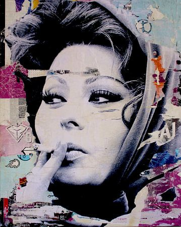 Sophia Loren ist Rauchen
