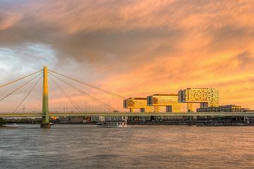 Kranhäuser Köln und Severinsbrücke von Michael Valjak