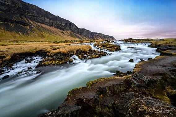 Foss Waterval in IJsland van Marcel  van de Gender