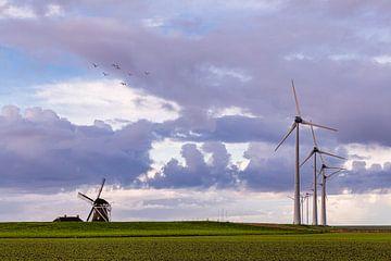 Oude en nieuwe windmolen van Peter Bolman
