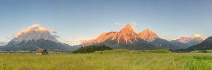 Alpenpanorama in Lermoos in Oostenrijk