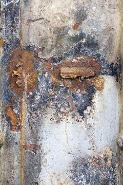 muur oude fabriekshal 5 van Arnoud Kunst