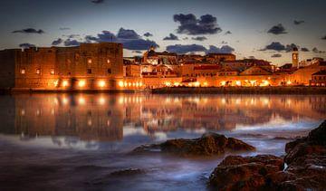 Dubrovnik - Oude haven bij nacht van Sabine Wagner