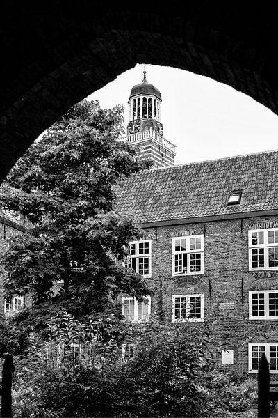 De toren van de Nicolaikerk in Utrecht van De Utrechtse Grachten