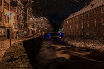 Nachtfoto van de Rur in Monschau van Gottfried Carls