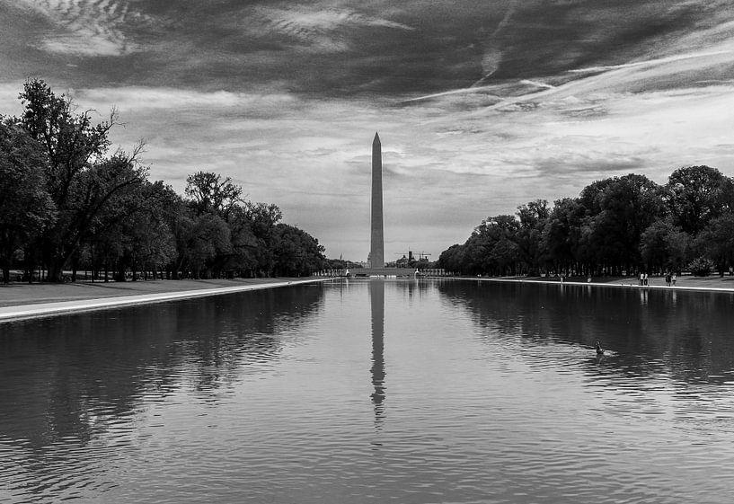 Washington Monument in reflecting pool van Martin Albers Photography