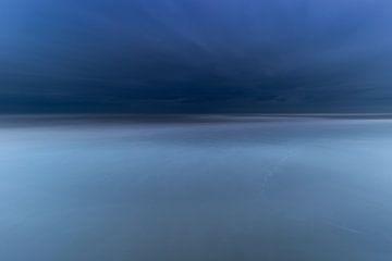 Abstracte zee van Ulbe Spaans