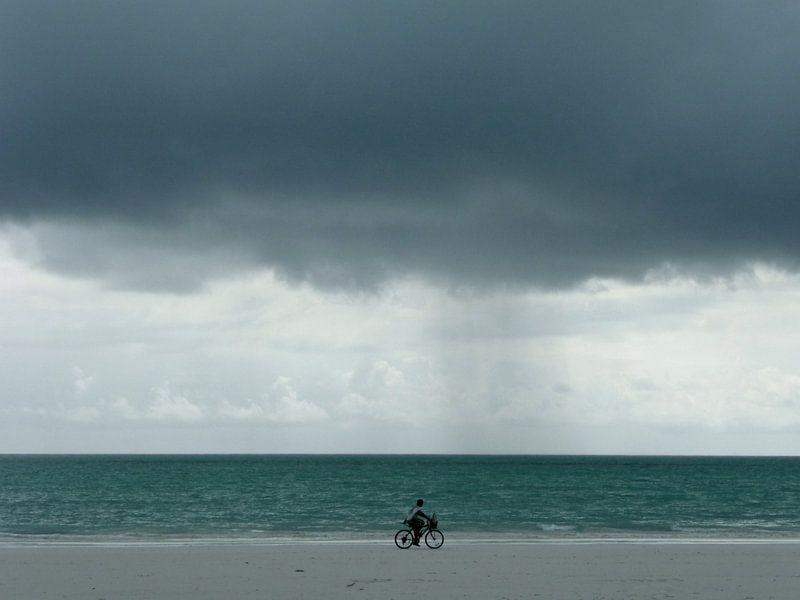 'Fietsen aan zee', Zanzibar