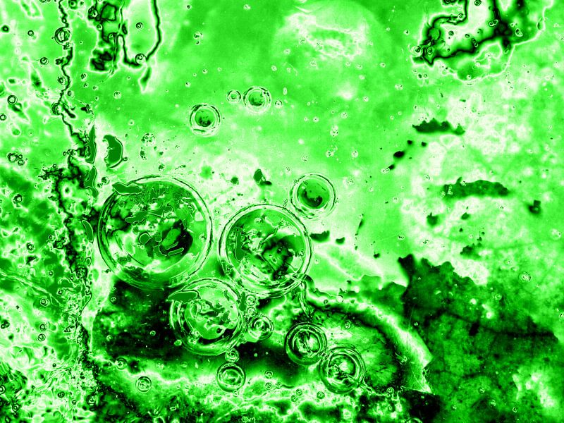 Bubbles Up Green van Jon Houkes