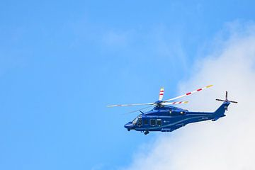 Hélicoptère Agusta-Westland AW139 PH-PXY du service d'aviation de la police néerlandaise sur Sjoerd van der Wal