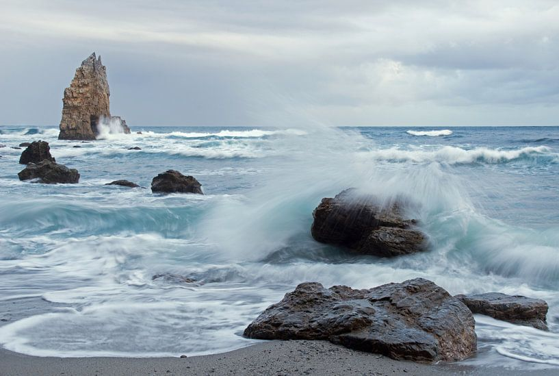 Playa de Portizuelo Asturië Spanje van Miranda Bos