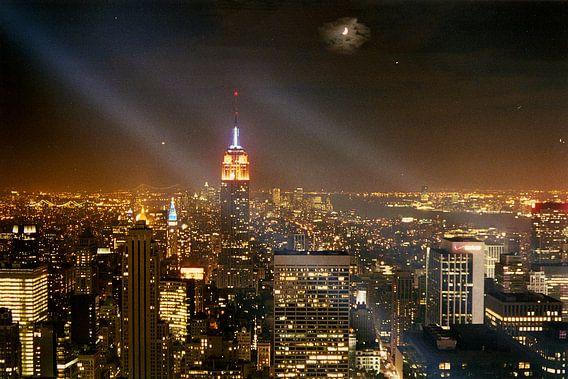 Empire State Building bij nacht - New York City van David Berkhoff