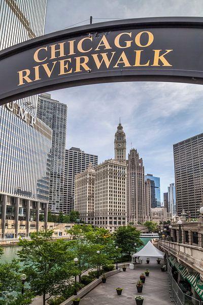 CHICAGO Riverwalk van Melanie Viola