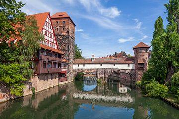 Weinstadel, Wasserturm, Henkersteg am Fluss Pegnit
