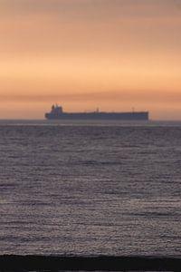 Boot met Zonsondergang Scheveningen