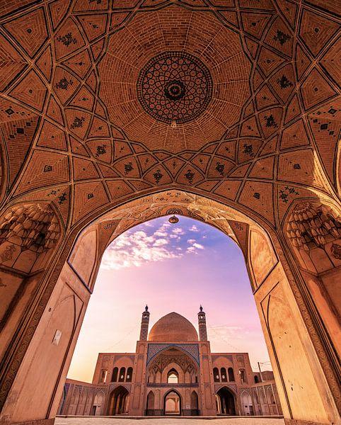 A Persian fairytale  van Niels Tichelaar