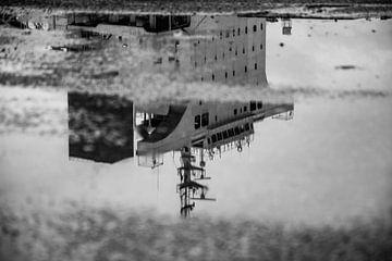 Schepen in de haven van Amsterdam. van Scheepskijker_Havenfotografie