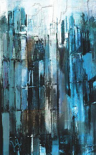 rectangularly blue grey