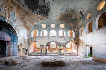 Verlassene Synagoge im Verfall.