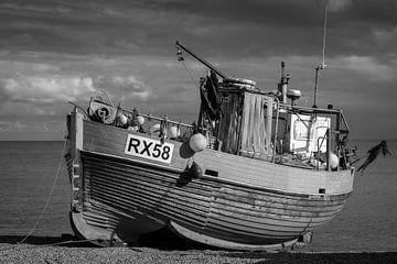 Fischerboot in Hastings von Rene van de Esschert