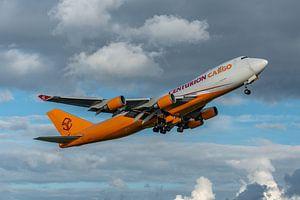 Take-off! Boeing 747-400 Cargo van Centurion Cargo is zojuist opgestegen van de Kaagbaan.