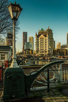 WItte huis in Rotterdam met Skyline van ABPhotography