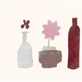 Stilleven met bloem en fles van Joost Hogervorst