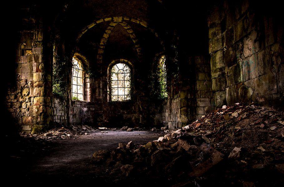 Verlaten kerk in Frankrijk, urbex