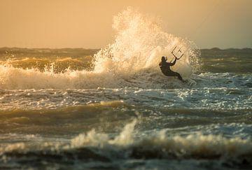 Kitesurfing Wijkiki von Lorenzo Nijholt