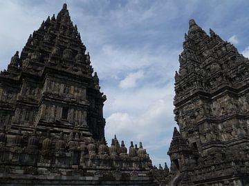 Prambanan tempel Yogyakarta (Java Indonesië) von Martin van den Berg Mandy Steehouwer