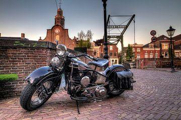 Harley in Delfshaven van Rene Ladenius