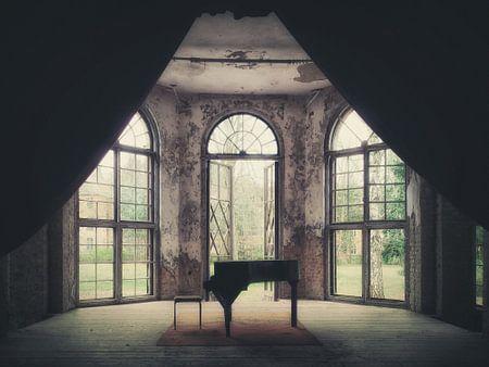 Verlaten plekken: de piano. von Olaf Kramer