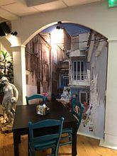 Klantfoto: Straatje op Samos Griekenland van Elly Damen, als naadloos behang